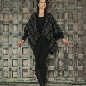 KO765 Tartan shrug in black grey