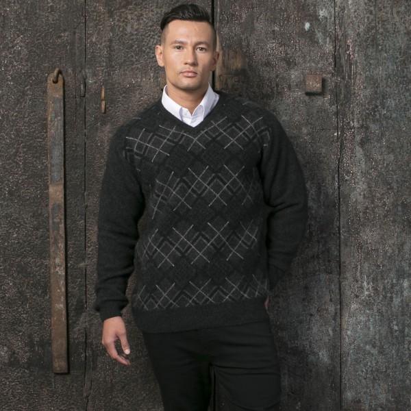 KO825 Argyle V neck jumper in charcoal black white