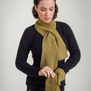 KO125 Keyhole scarf in chartreuse