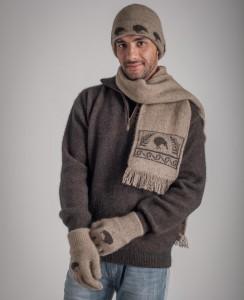 KO162 KO159 KO52 Kiwi beanie scarf and gloves in mocha