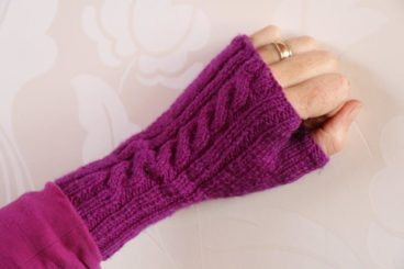 Fingerless Twister Mittens