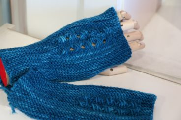 Linea Mitts Pattern